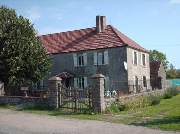 House, land with cu and woodland
